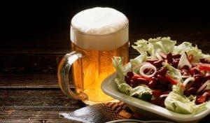 cerveza y comida